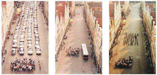 Pôster da cidade de Münster, na Alemanha, mostrando quanto espaço ocupa a mesma quantidade de pessoas utilizando carros, ônibus e bicicletas (2001)