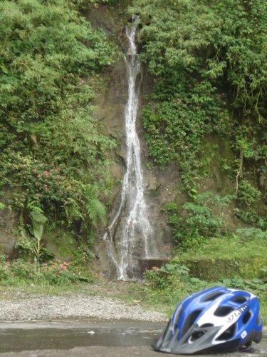 Cachoeira na Rota Cicloturística Márcia Prado