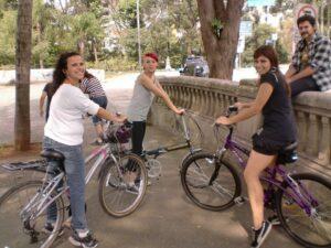10985cb2d Aprendendo a andar de bicicleta na idade adulta