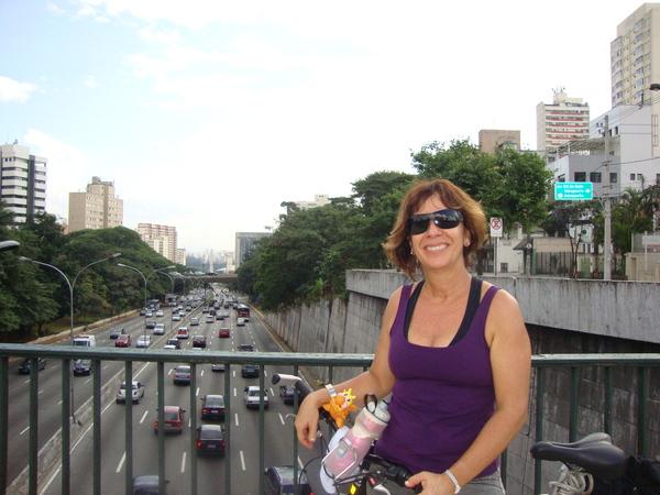 Em visitas a SP, eu e minha mãe enfrentamos o trânsito com um sorriso no rosto