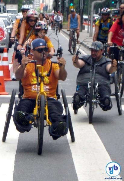 Handbikes na Bicicletada Inclusiva 2012. Foto: Willian Cruz