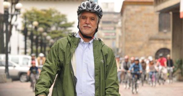 Prefeito Enrique Peñalosa: Foto: Divulgação/Fronteiras do Pensamento