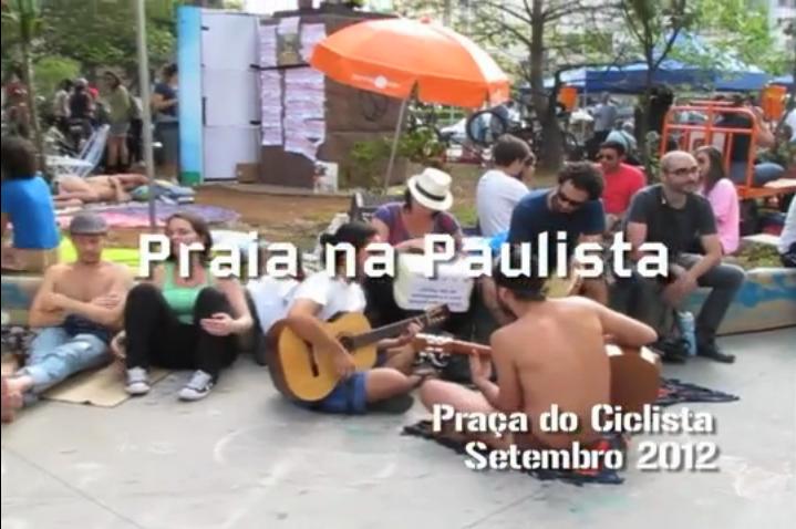 Praça do Ciclista teve seu dia de Praia documentado. Imagem: Reprodução