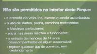 Detalhe das regras do parque. Foto: Guilherme Tampieri