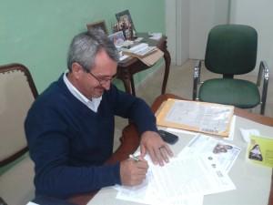 Prefeito de Cachoeira do Sul assina Termo de Adesão da cidade ao Dia de Bike ao Trabalho. Foto: Cicloativado