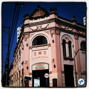 Theatro São Pedro, um dos locais onde ocorrecam concertos da Ciclovia Musical. Foto: Rachel Schein/VdB