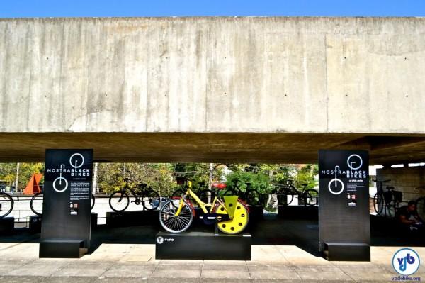 Onze profissionais foram convidados para customizar as bicicletas. Foto: Rachel Schein/VdB