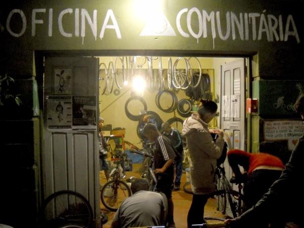 A Oficina Comunitária Cidade da Bicicleta, ainda em seu antigo endereço. Foto: Divulgação