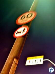 A velocidade de 60 km/h nas pontes (por sinal, muito alta) é frequentemente desrespeitada. Foto: Rachel Schein