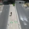 Uma das ciclovias que compõem as vias cicláveis existentes em Paris. Foto: Wikimedia Commons