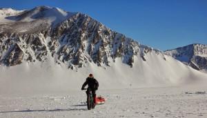 O espanhol Granados, em seu blog, afirmou estar a 290km do Polo Sul em 07 de janeiro.