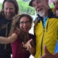 Os americanos Dustin Fosnot, Mona Caron e Chris Carlsson posaram para fotos com participantes do evento. Foto: Rachel Schein