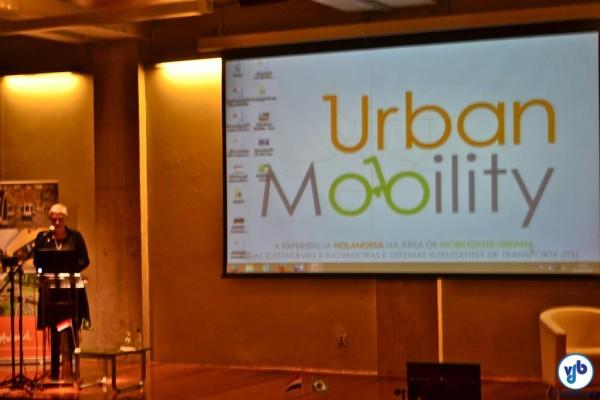 Em seminário, comissão holandesa anuncia já ter fechado parcerias com a prefeitura de São Paulo para implantar soluções de mobilidade. População não foi ouvida, como prevê o Estatuto da Cidade. Foto: Rachel Schein