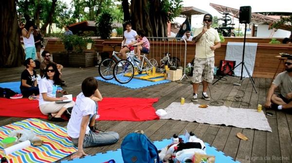 """Festival teve shows, palestras, bate-papo, piquenique e outras atividades. Toda a energia do evento foi gerada pelas bicicletas """"Gerônimas"""". Foto: Rachel Schein"""