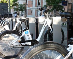 """Bicicleta do sistema Bicimad, com a bateria alojada atrás do """"seat tube"""". Foto: Divulgação"""