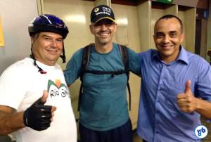 Da esquerda para a direita: Luiz Antônio, integrante do Rio Bike Club; Cláudio Santos, presidente da FECIERJ; e Mauro Tavares, da organzação Rio Estado da Bicicleta. Foto: Rio Bike Club
