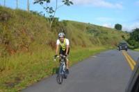 Alexandre Otsuka, que estuda na USP e se locomove de bicicleta pelo campus, teme acirramento de conflitos com motoristas que desrespeitam quem eventualmente não circula pelas ciclovias. Foto: Arquivo pessoal