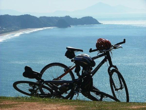 Circuito tem 270km e passa por belas praias e cachoeiras. Foto: Carlos Beppler