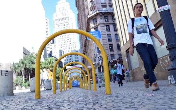 Paraciclo ao lado do edifício Giuseppe Martinelli, no centro de São Paulo. Foto: Fernando Pereira/SECOM