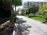 Início da ciclovia na R. França Pinto, nas imediações do Parque do Ibirapuera. Para chegar nela a partir do parque, cruze a passarela próxima ao Portão 3 (onde ficava o Detran), e siga pela calçada até a R. França Pinto, de preferência desmontado. Foto: Willian Cruz