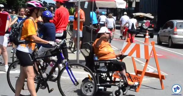 Compartilhamento que já existia na prática foi liberado oficialmente, o que deve trazer mais opções de mobilidade às pessoas com deficiência. Foto: Rachel Schein