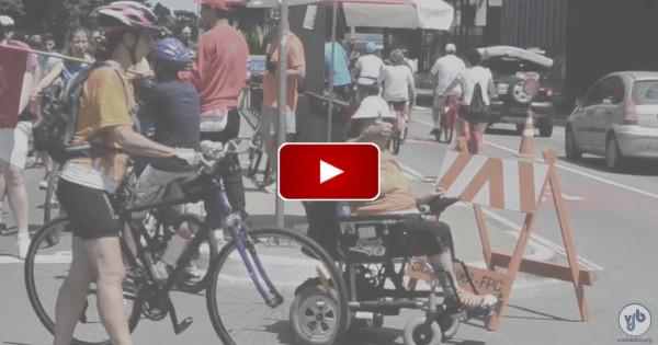 Cadeirantes e ciclistas opinam sobre o compartilhamento das ciclovias em São Paulo, nesta videorreportagem de Rachel Schein.