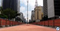 Obras da ciclovia da Av. Paulista, em São Paulo (23/04/15). Foto: Willian Cruz