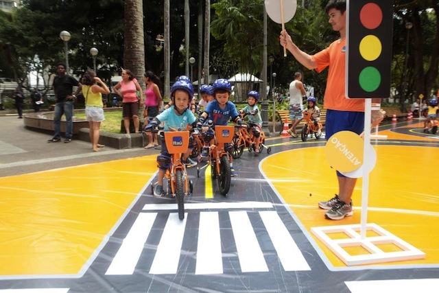 Crianças aprenderão a pedalar com segurança. Foto: Divulgação