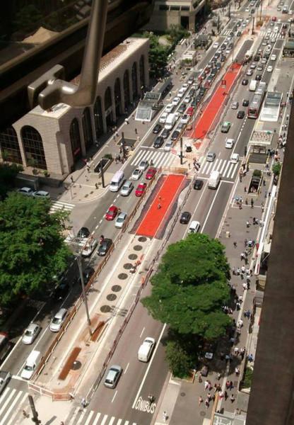 Obras da ciclovia da Av. Paulista, em 5 de março de 2015. Foto: Tatiana Lowenthal