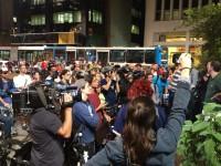 Jornalistas estiveram em peso na Praça do Ciclista para ouvir os manifestantes e entender o protesto. Foto: Alex Gomes/Bike Zona Sul