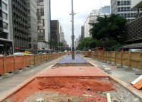 Ciclovia da Avenida Paulista durante a fase de obras. Foto: Vera Penteado Borges