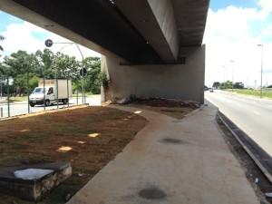 Ciclovia na ponte Cruzeiro do Sul segue em construção. Foto: Enzo Bertolini