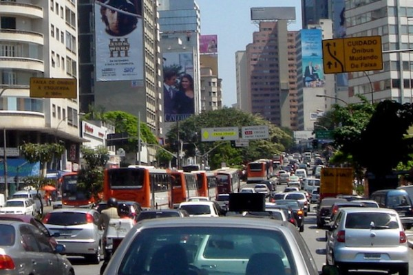 Congestionamento em São Paulo. Foto: Mario Roberto Duran Ortiz / CC BY 3.0
