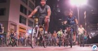 Milhares de pessoas pedalaram para pedir a continuidade da implantação de ciclovias em São Paulo. Foto: Silvia Ballan