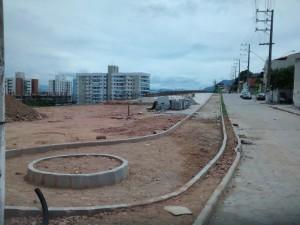 Obras de reurbanização do bairro de Fátima, em Serra (ES), incluem ciclovia. Foto: Detinha Son