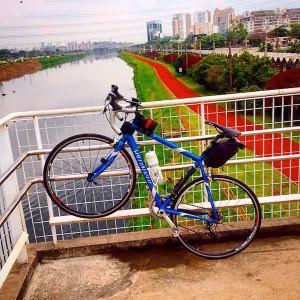 Bicicleta de Marcelo Bernardini: ciclista foi roubado enquanto pedalava pela margem oeste da ciclovia do Rio Pinheiros. Foto: Arquivo pessoal