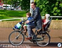 Criancas bicicleta Europa 002 - Foto Raquel Jorge