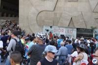 Banda cover dos Beatles reúne pequena multidão em frente ao prédio da TV Gazeta, no coração da avenida. Foto: Gulherme Venaglia