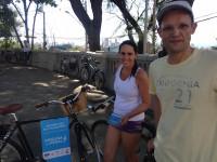 Adriana e Paulo Henrique, que participaram da gincana promovida pelo Vá de Bike. Foto: Ana Sniesko