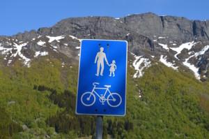 Placa fotografada durante o pedal a caminho de Odda. Foto: Arquivo pessoal