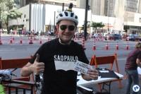 Rodrigo Palma completou o passaporte e também levou pra casa a camiseta da Levi's. Foto: Flavio Bonanome