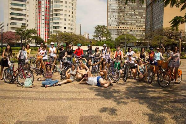 Mulheres participantes da Massa Crítica Feminista de BH. Foto: Thamires Siqueira