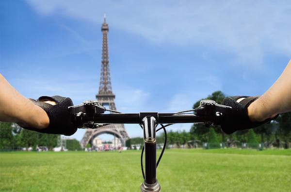 Capital francesa fará do fechamento um grande evento. Foto: Shutterstock