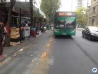 Ciclovia em rua de Santiago. Foto: Fabio Nazareth