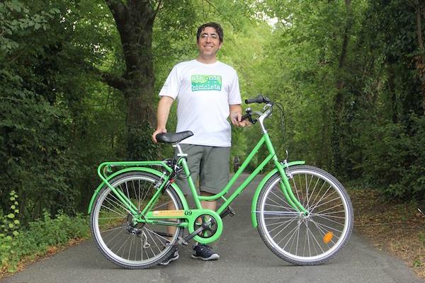 André Schetino, professor e ciclista, organizador do ebook. Foto: Arquivo pessoal