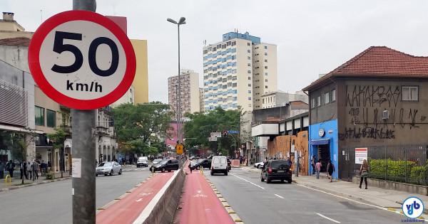 Limites de velocidade vêm sendo reduzidos em São Paulo desde fevereiro de 2010, na gestão de Gilberto Kassab (PSD). Foto: Willian Cruz