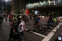 2016-10-28 Bicicletada Pedestrada #Vaiterciclovia Nenhum cm a menos Nenhum km-h a mais - 19 - Foto Fabio Miyata