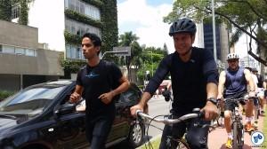 Representantes da mobilidade a pé também estiveram presentes, levando sua visão de cidade a João Doria. Foto: Willian Cruz