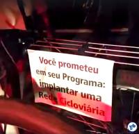 manifestacao ciclistas bicicletada protesto casa joao doria prefeito eleito sao paulo 9