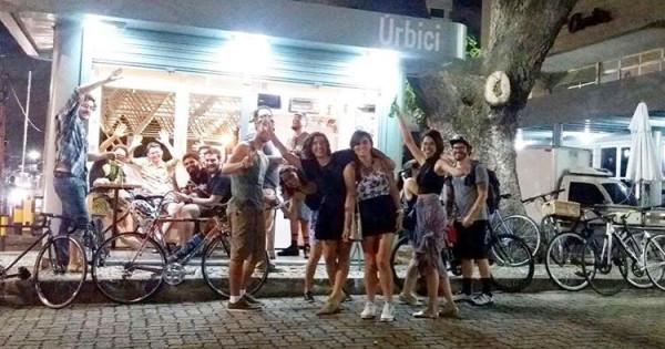 Por receber bem quem chega de bicicleta, local acabou se tornando ponto de encontro de muita gente. Foto: Divulgação